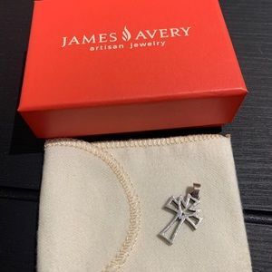 James Avery Deep Holy Spirit Cross silver (small)